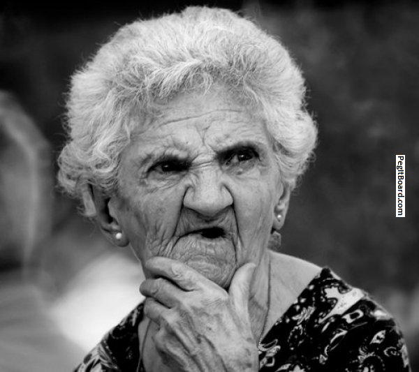 confused-older-woman